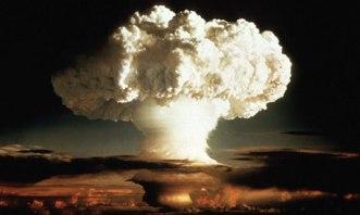 Grzyb pierwszego testu bomby wodorowej, Ivy Mike, 1952 rok.
